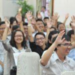 Top 32 'rộn ràng' chuẩn bị cho đêm Bán kết FTUCharm 2012