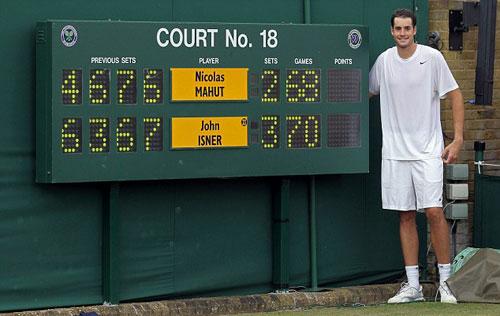 1385630166-tennis-john-isner-3